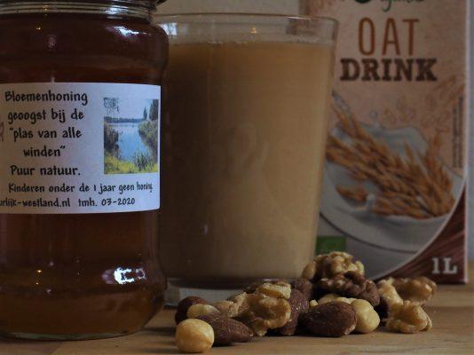 Honing, chai en havermelk