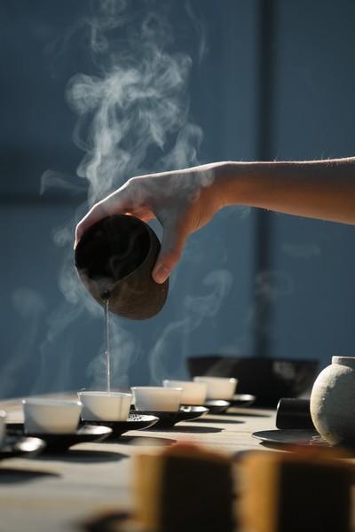 Wat is witte thee uitschenken